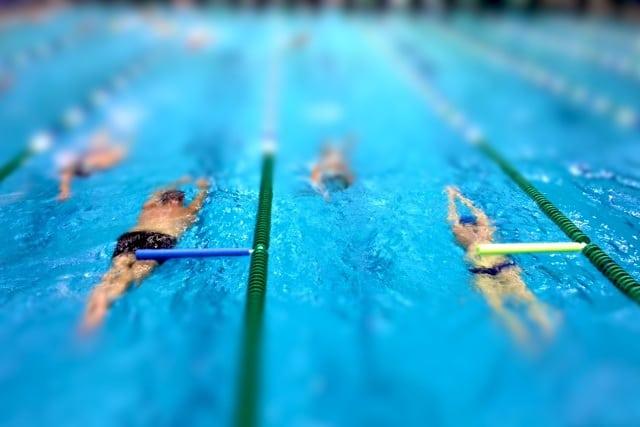 Allenamento del gioved allenare la rottura lunga dell - Piscina trezzano sul naviglio nuoto libero ...