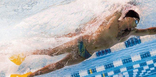 Scegli velocit forza o tecnica tre esercizi con le pinne per iniziare la stagione - Pinne per piscina ...